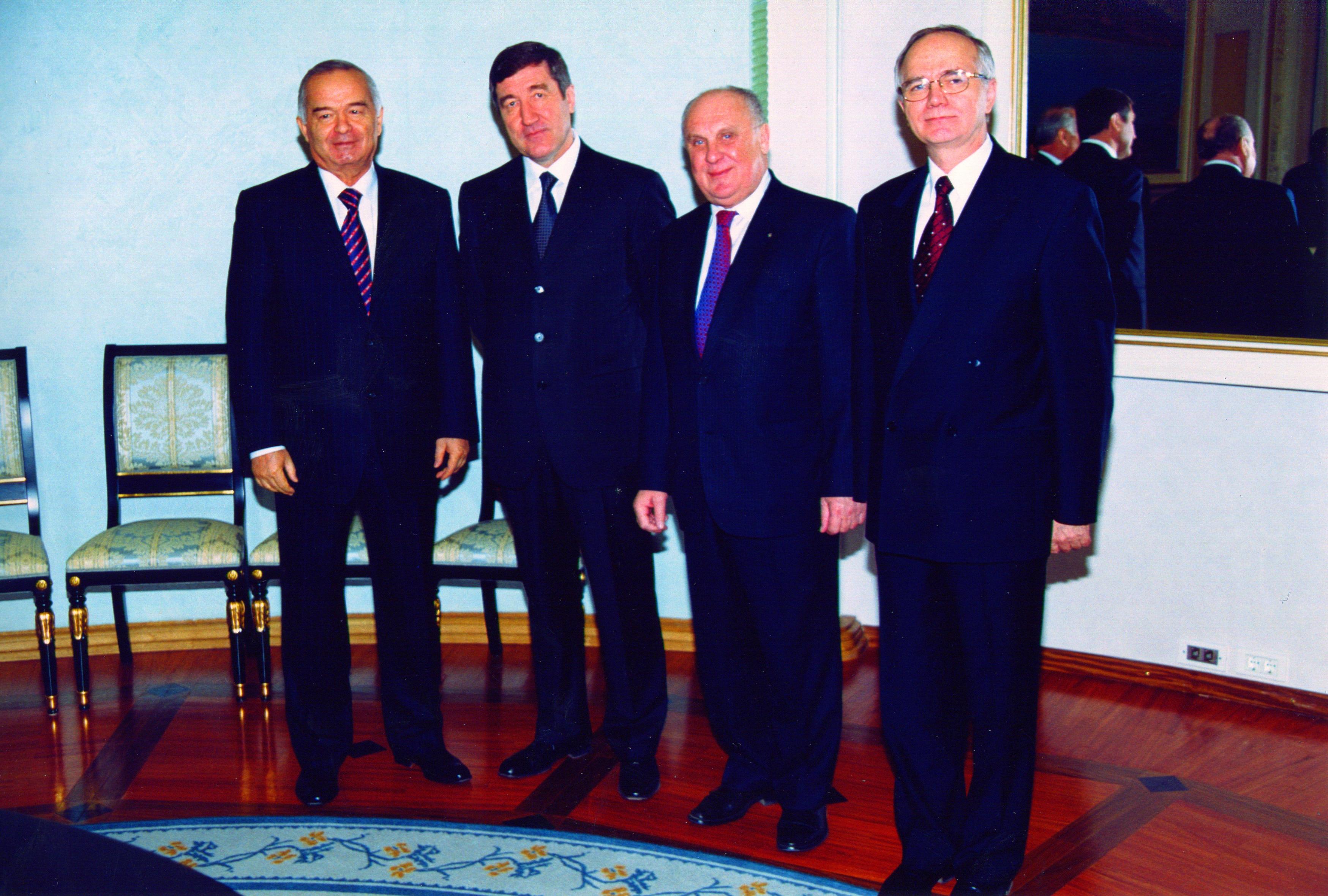 На приеме у президента Узбекистана И.А. Каримова с президентом НП «Горнопромышленники России» Ю.Н Малышевым и послом РФ в Узбекистане Ф.М. Мухаметшиным; 2008 г.