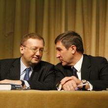 На презентации книги с заместителем министра иностранных дел А.В. Яковенко; 2009 г.